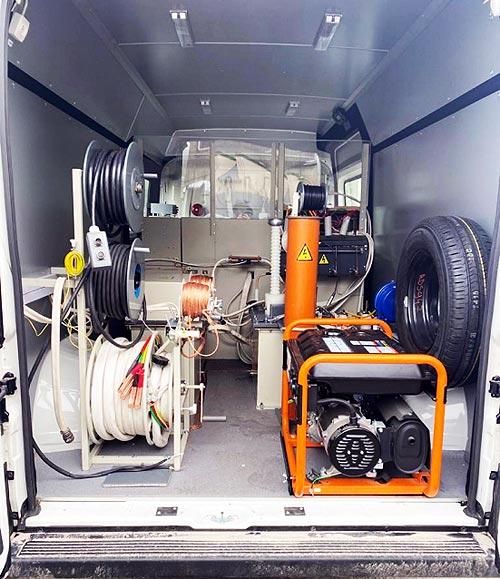 На базе полноприводного PEUGEOT BOXER 4x4 DANGEL создали уникальную электротехническую лабораторию - PEUGEOT