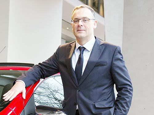 Новый топ-менеджер Stellantis посетил Украину