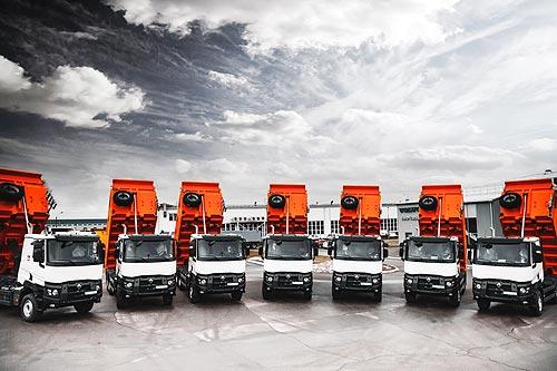 В Украину поставили 7 новых самосвалов Renault Trucks серии К - Renault