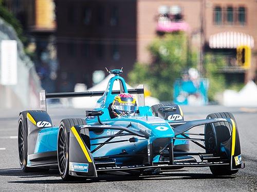 Renault третий год подряд побеждает в Формуле E - Renault