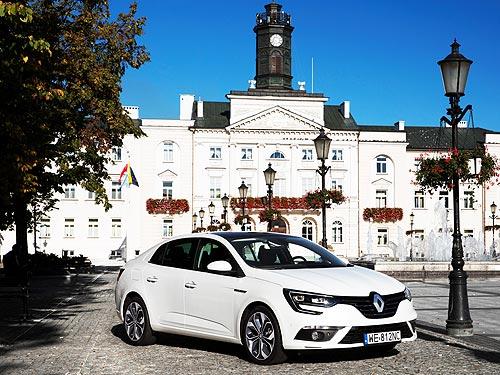 Renault Megane седан запустил для поклонников необычный тест - Renault
