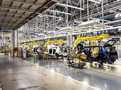 На заводе Renault в Марокко выпущен миллионный автомобиль - Renault