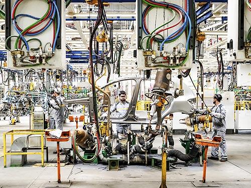 Renault готовит новые электромобили и беспилотники - Renault