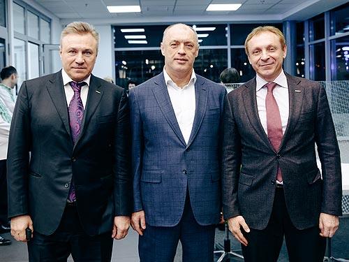 В Украине открылся первый Renault Store - Renault