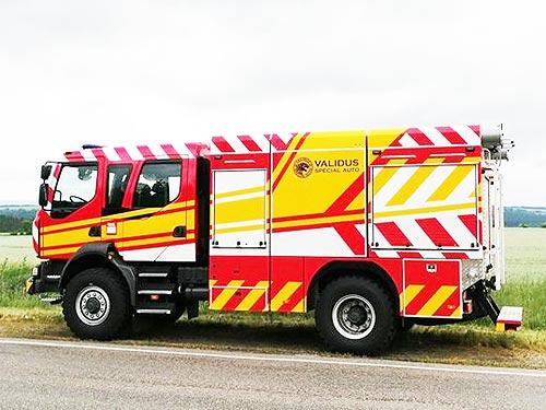 В Украине создали уникальный пожарный автомобиль на полноприводном шасси Renault D - Renault