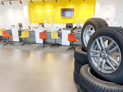 В Киеве открылся новый дилерский центр Renault -