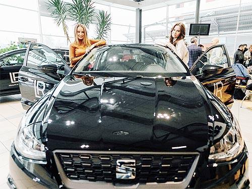Представители косметической компании будут ездить на SEAT и Volkswagen