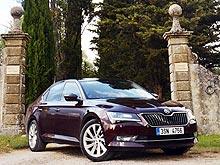 Ирландский автодилер всем покупателям Skoda Superb предлагает сравнительный тест с BMW 5-серии