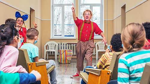 Клоуны SKODA снова дарят праздник детям  - SKODA
