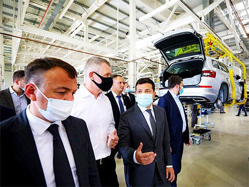 Президент Зеленский посетил «Еврокар». Что он заявил