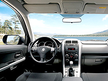 Suzuki Grand Vitara стала доступна с новыми двигателями - Suzuki