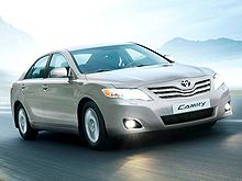 Новая цена на Toyota Camry – от 211 500 грн.