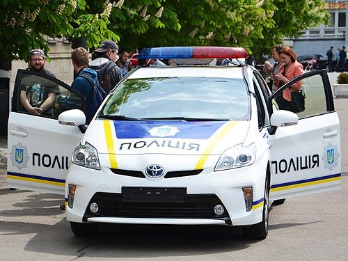 Чем оснастят Toyota Prius патрульно-постовой службы. Фото