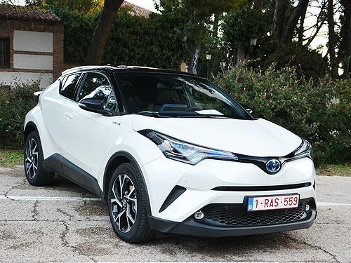 В Украине доступен новый двигатель для кроссовера Toyota C-HR - Toyota