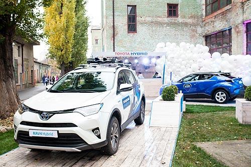 Toyota представила гибридные модели на Фестивале уличной еды - Toyota