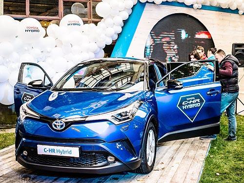 В Украине определили средний возраст гибридных авто