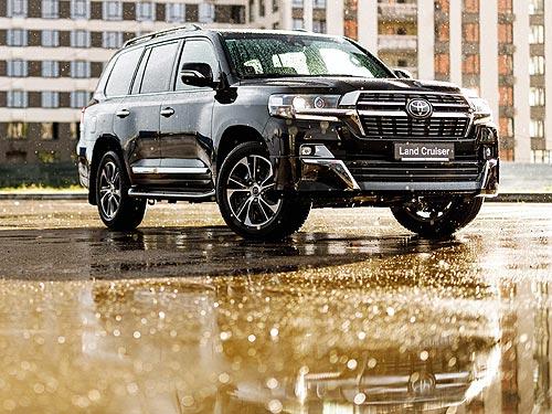 В Украине стартовали продажи обновленного Toyota Land Cruiser 200 в комплектации Executive Lounge
