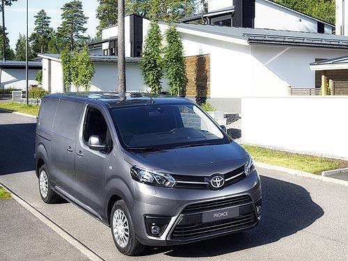 В Украине возобновляются продажи Toyota Proace