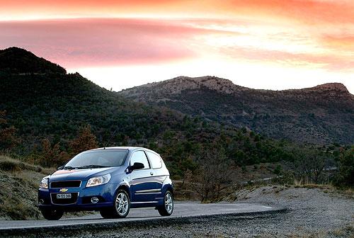 Вы можете использовать (скачать) фотографии Chevrolet