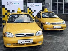 В Киеве цены на такси взвинтили в 4-8 раз - такси