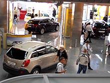 Российские импортеры приостановили отгрузку авто дилерам