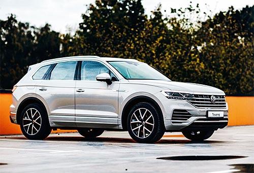 Volkswagen Touareg доступен с пакетом опций с экономией до 457 тыс. грн.