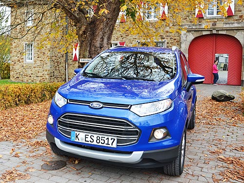 Ford_EcoSport_08.jpg