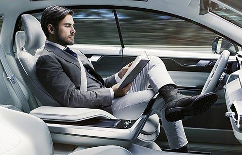 Когда водителей вытеснят из-за руля: Автономные автомобили легализовали в ООН