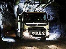 Беспилотный грузовик Volvo FMX проходит испытания в шахте