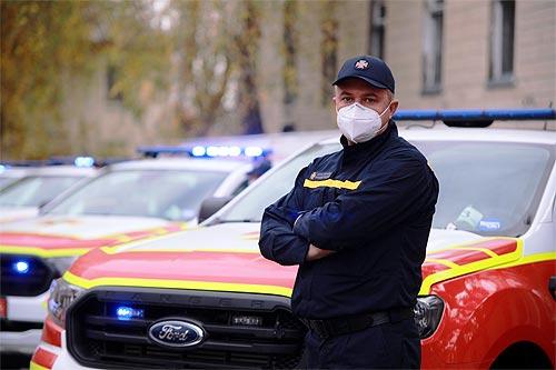 Украинские спасатели получили 80 специально оборудованных автомобилей на 280 млн. грн. Что это за авто