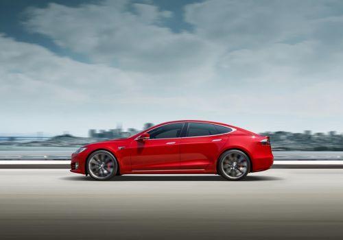 Норвегия повысит налоги на электромобили - Tesla