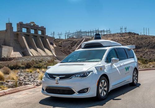 В Калифорнии либерализировали ПДД и разрешили беспилотные авто - беспилот