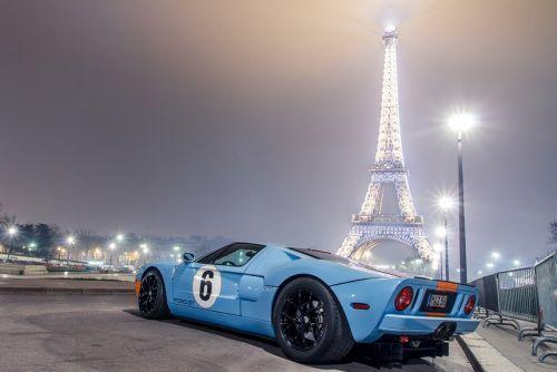 Ну вот и все! Париж избавится от авто с ДВС до 2030 года - электромоб