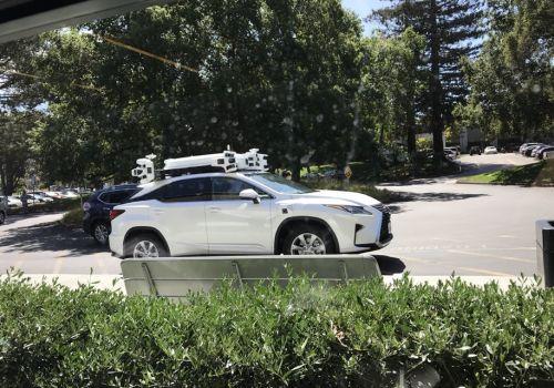 Беспилотныйц автомобиль от Apple активно тестируют