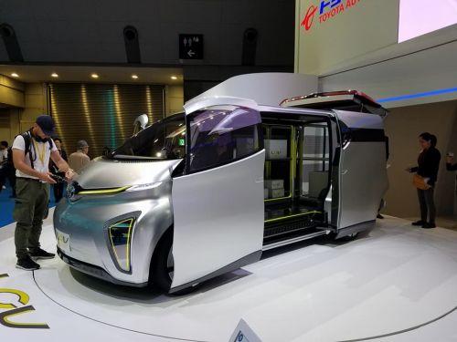 Когда окончательно наступит эра электромобилей? Мнения самих автопроизводителей - электромоб