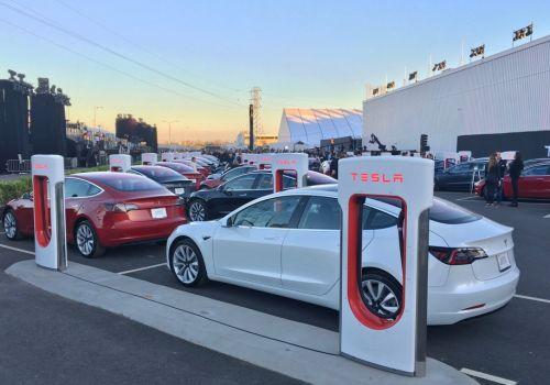 Не смотря на высокую капитализацию, Tesla задекларировала рекордный убыток - Tesla