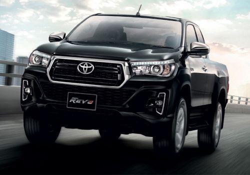 Toyota показала обновленный пикап Hilux - Toyota