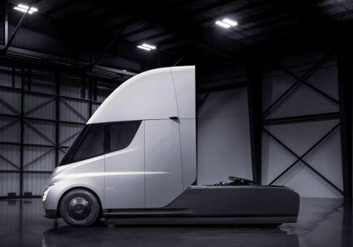 Сколько будет стоит электрический грузовик от Tesla - Tesla