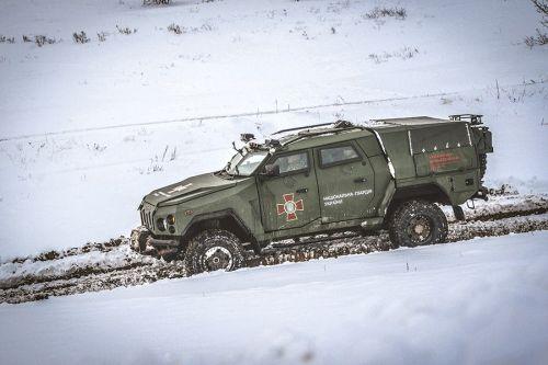 """Национальная Гвардия Украины испытывает бронеавтомобиль """"Варта-Новатор"""""""