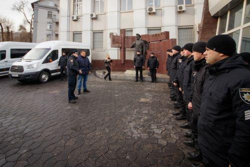 Автопарк полиции Днепра пополнили микроавтобусы Ford Transit - Ford