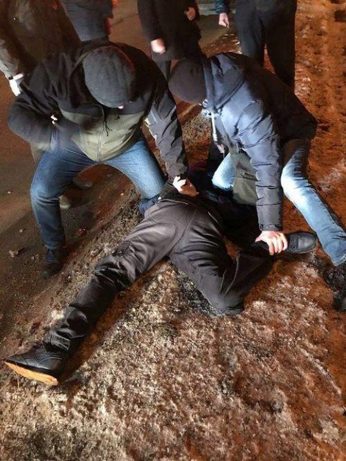 В киевской таможне задержали инспектора, который за $200 легализовал авто