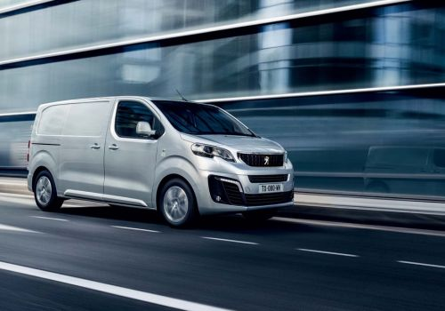 В России началось производство фургонов Peugeot Expert и Citroen Jumpy - Peugeot