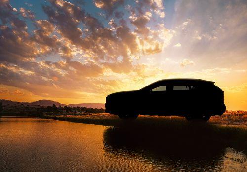 Toyota начала интриговать новым RAV4