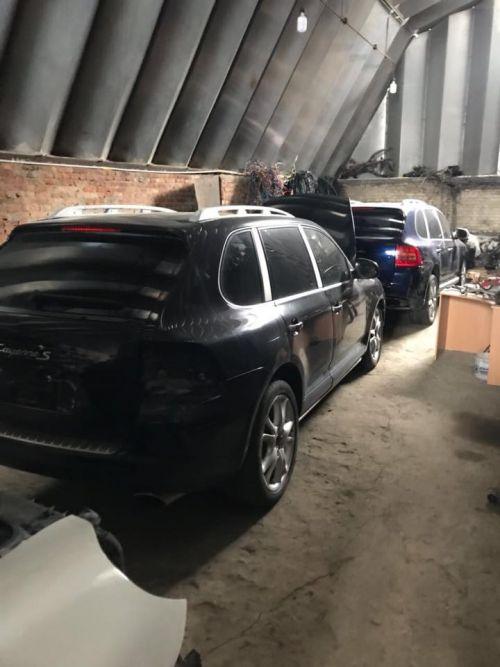 В Украине прикрыли схему ввоза элитных авто - ввоз