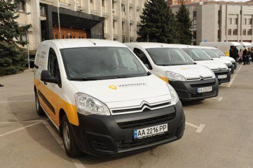 """""""Укрпочта"""" представила новые автомобили для курьерской доставки в Одессе - Citroen"""