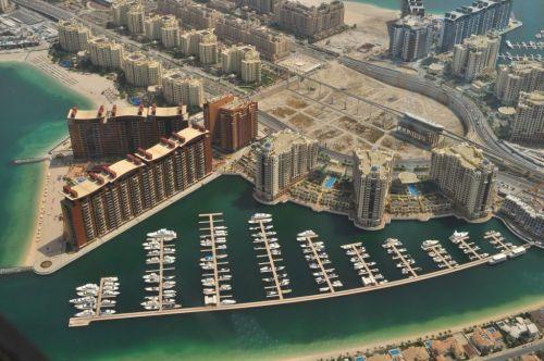 В Эмиратах традиционные автомобильные номера заменят на цифровые
