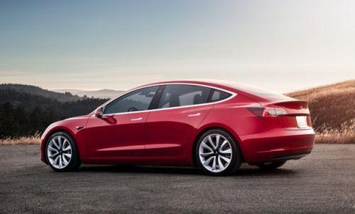 У Tesla Model 3 появится полноприводная версия - Tesla