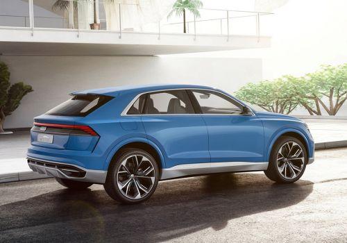 Каким будет флагманский кроссовер Audi Q8 - Audi