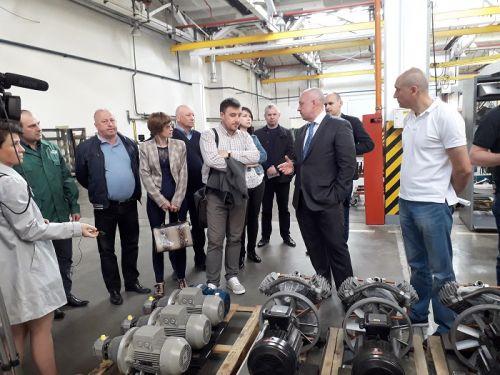 Луцкий автозавод Богдан посетили депутаты