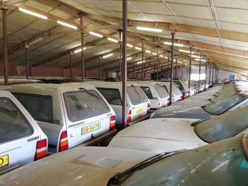 В Голландии продают коллекцию из 148 Citroen CX